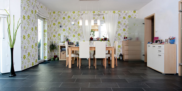 Wandgestaltung Wohnzimmer Naturstein : Bodenfliesen - backes ...