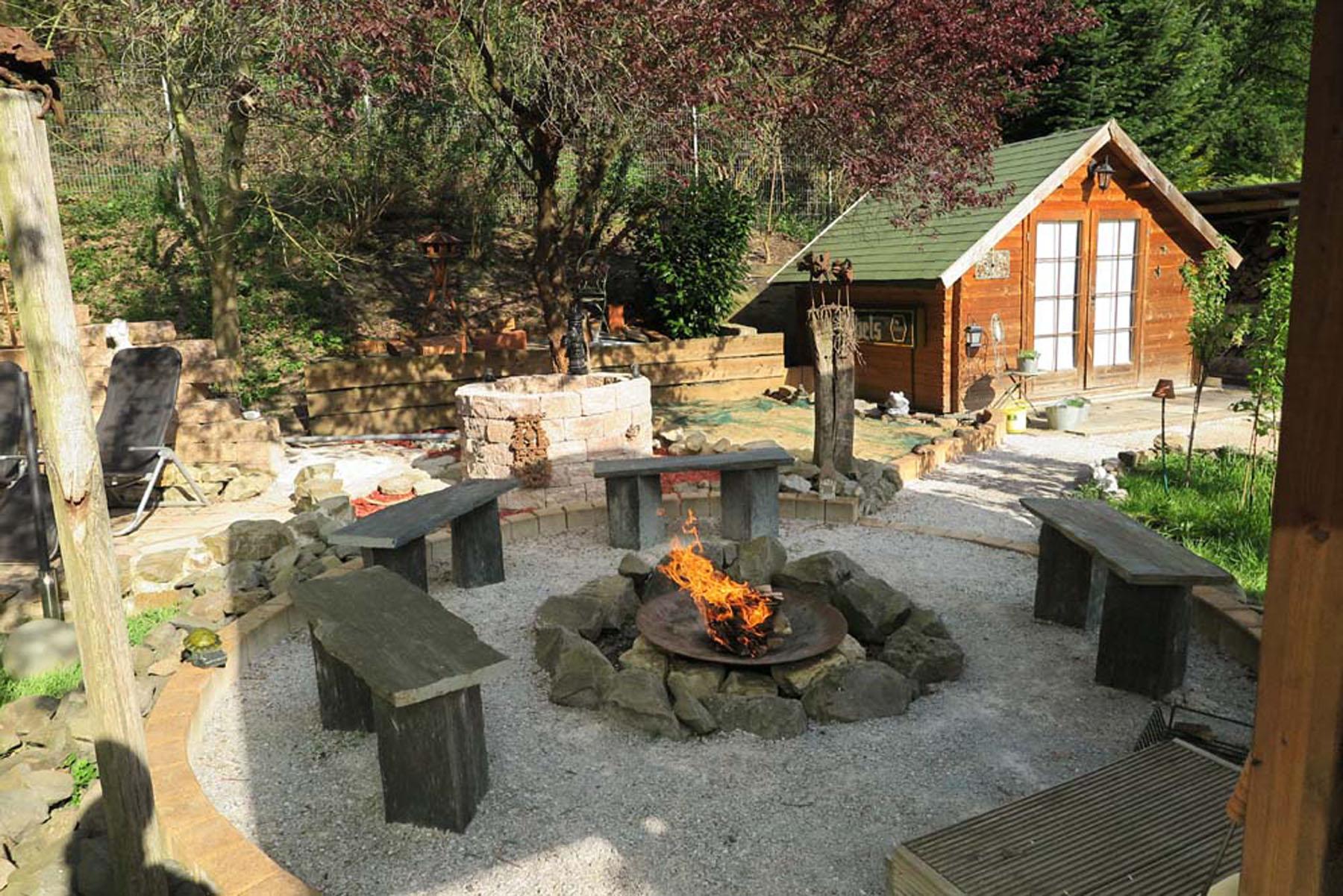 Gartengestaltung backes for Gartengestaltung rustikal